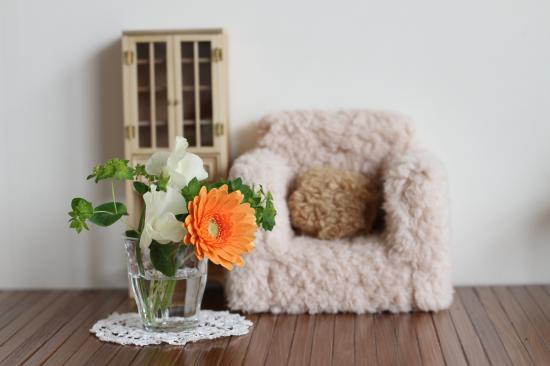 ブライス・お花とソファ