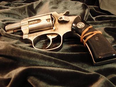 gun004.jpg