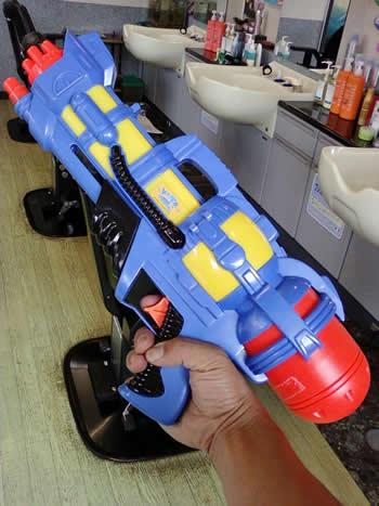 350 × 467水鉄砲1