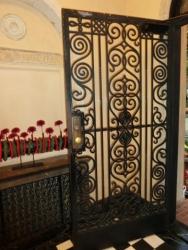 ベーリック・ホール:玄関の扉