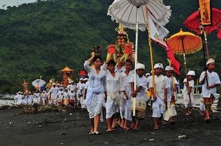 Bali_nyepi4_1205x800.jpg