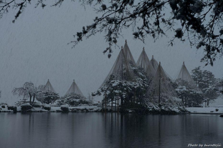 2014.12.06雪降る兼六園9