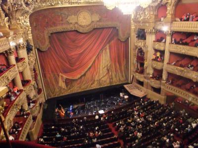 オペラ座の客席