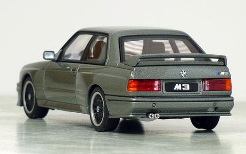 オートアート BMW M3 S.E.チェコット02