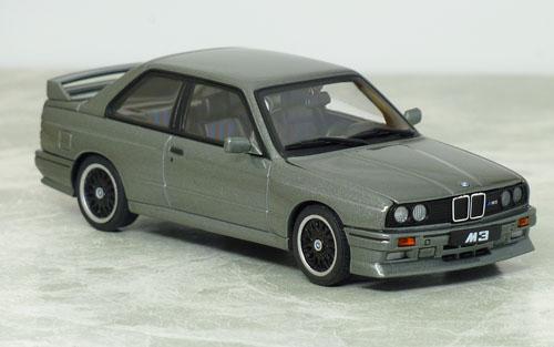 オートアート BMW M3 S.E.チェコット10