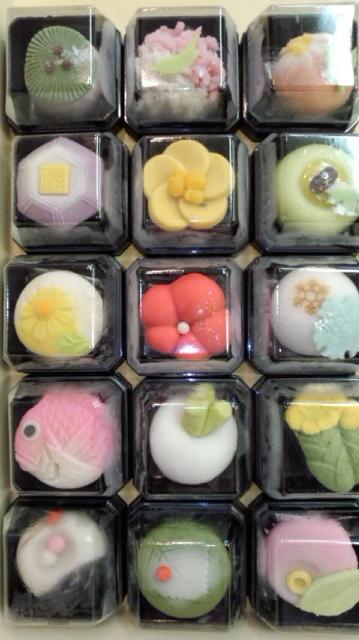 131217_110415 2014 正月生菓子