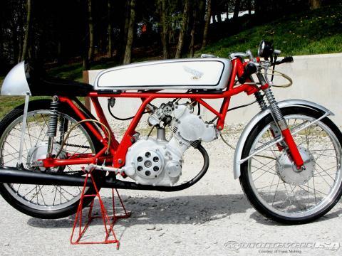 Honda-CR110-002[1]