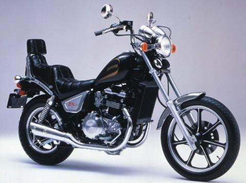 Kawasaki EN400 87