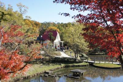 サツキとメイの家も秋の装い