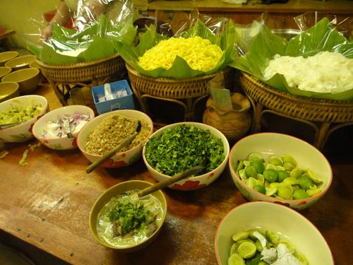 2014Thai_Green_Curry_ขนมจีน-2