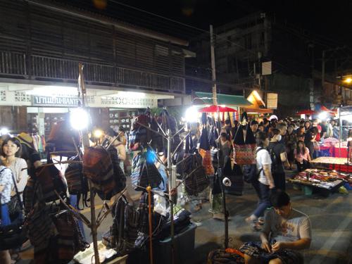 2014Chiangmai_Saturday_Market-15.jpg