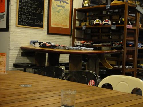 2014Thai_FINS_FINS_Cafe-5.jpg