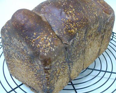ブラックココアの山食パン