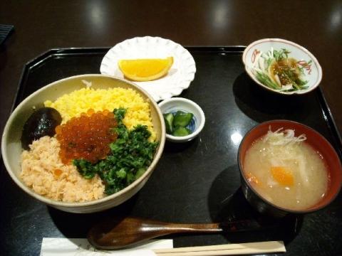 加島屋・H26・4 春の五色丼