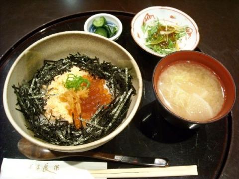 加島屋・H26・4 鮭の親子丼