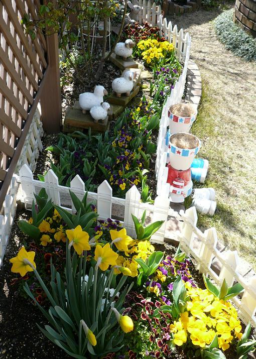 P1370013_メイン花壇のプリムール