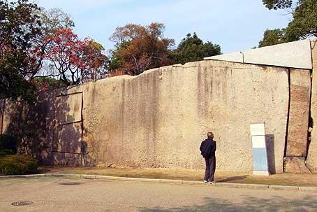 s大阪城本丸枡形蛸石