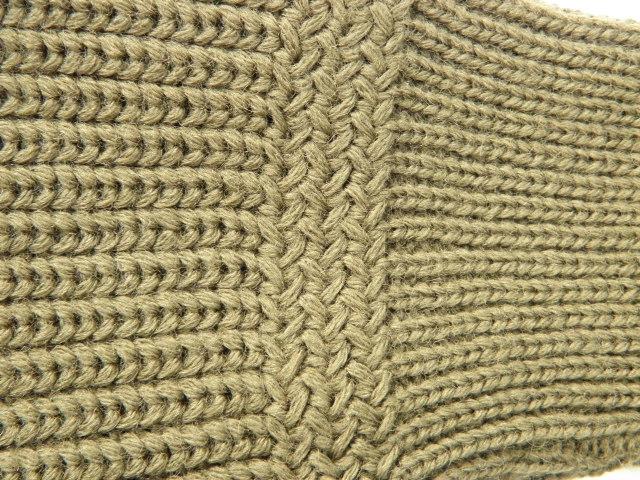 130NAVYセーター 013