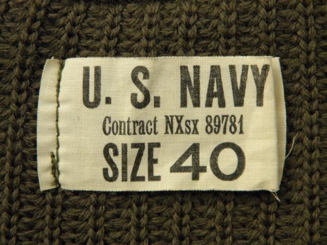 130NAVYセーター 017