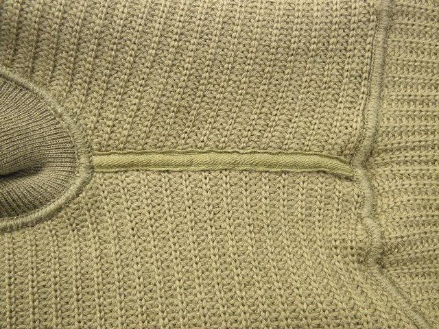 130NAVYセーター 018