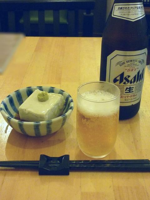 ビールとそば豆腐