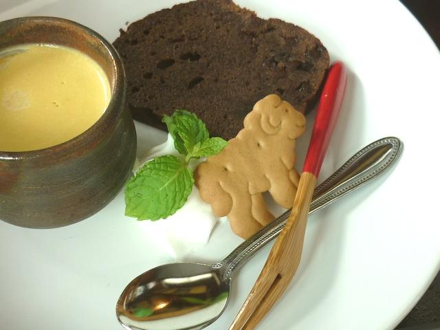 チョコレートケーキとかぼちゃぷりん