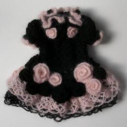 rose-black c001