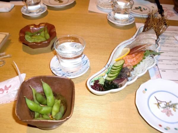カウチサーフィン(ロシア・モスクワ、ロニとドミトリ)、先斗町の居酒屋にて。