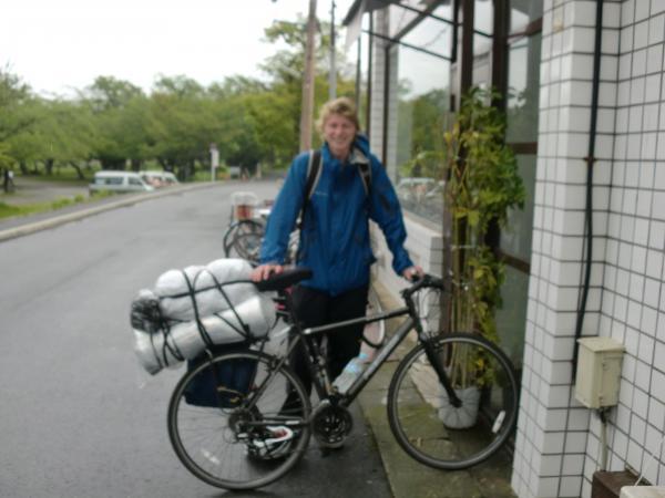 カウチサーフィン(カナダ、マシュー)、自転車と