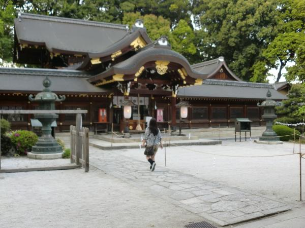 カウチサーフィン(カナダ、メラニー)、今宮神社