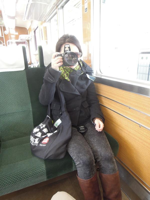 私の写真を撮るイ。