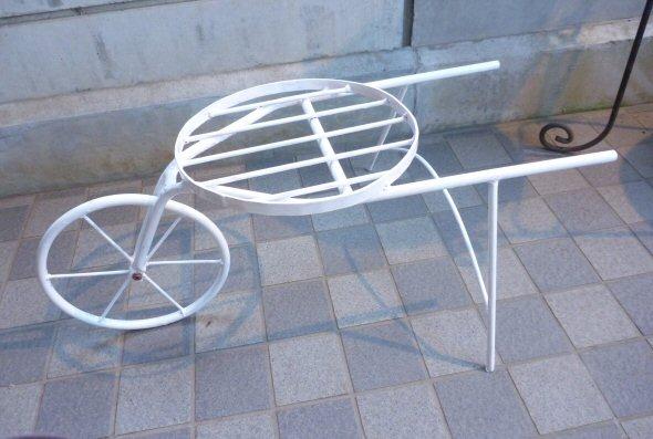 一輪車白塗り