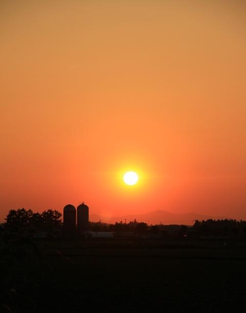 028サイロと太陽のおやく