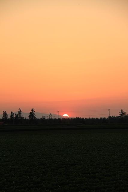 043山に沈む夕日