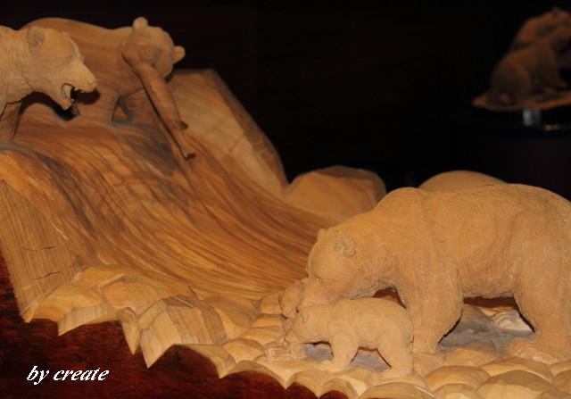 023熊さん親子の木彫り