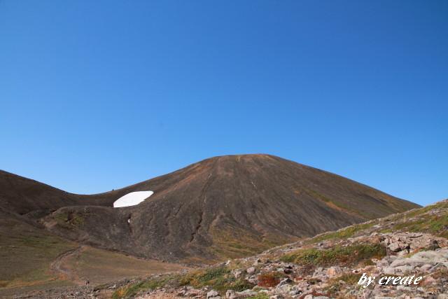 108旭岳後方の斜面