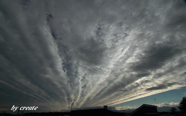 004昨日の不気味な雲