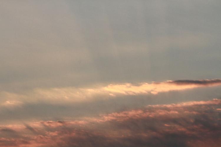 DPP 036 雲の中から光芒0001