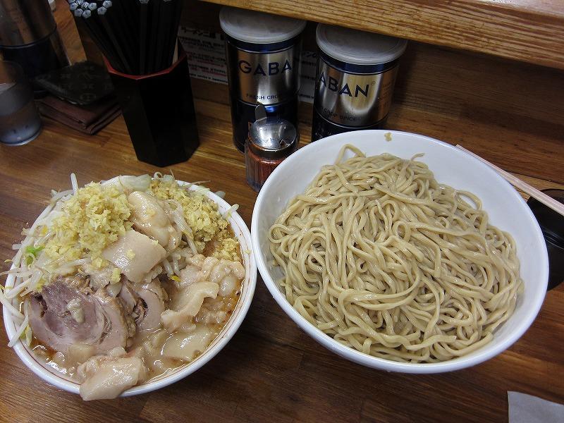 大 つけ麺 麺増し しょうが ヤサイ少なめ アブラ
