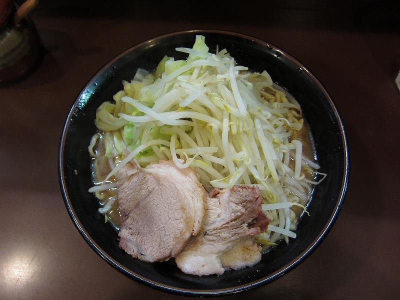らーめん大盛り 麺カタメ  ヤサイマシマシ
