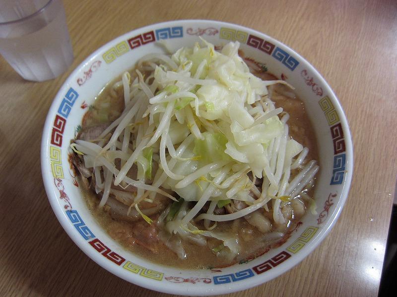 ラーメン 麺少なめ ¥650