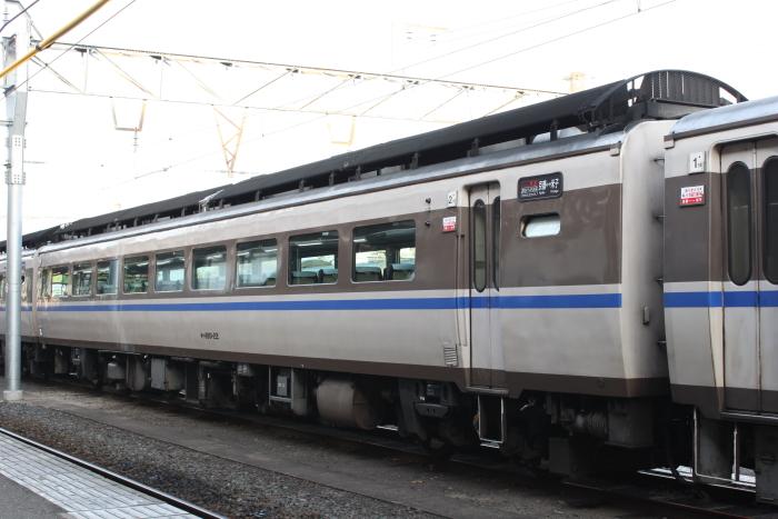 2号車 キハ180-22