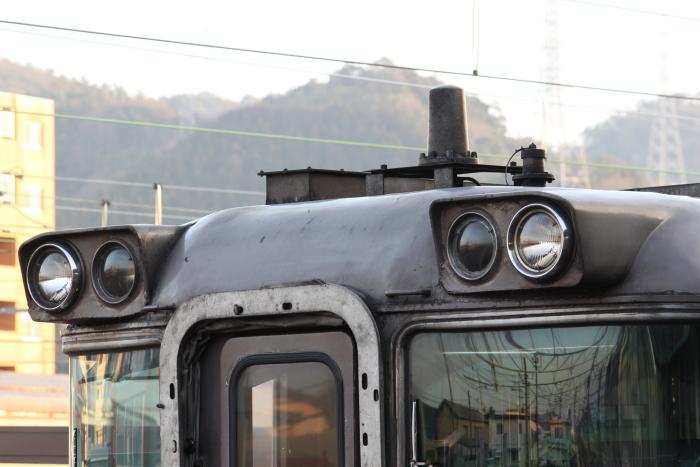 キハ181系のヘッドライト部分アップ