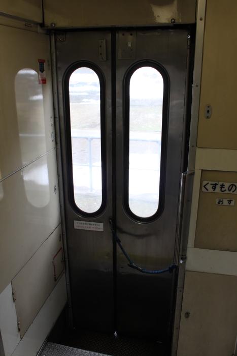 キハ181系の折り戸