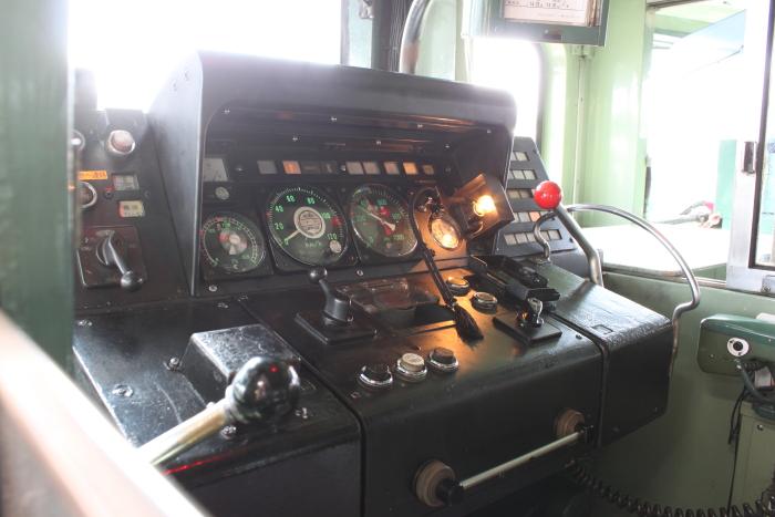 キハ181系の運転台