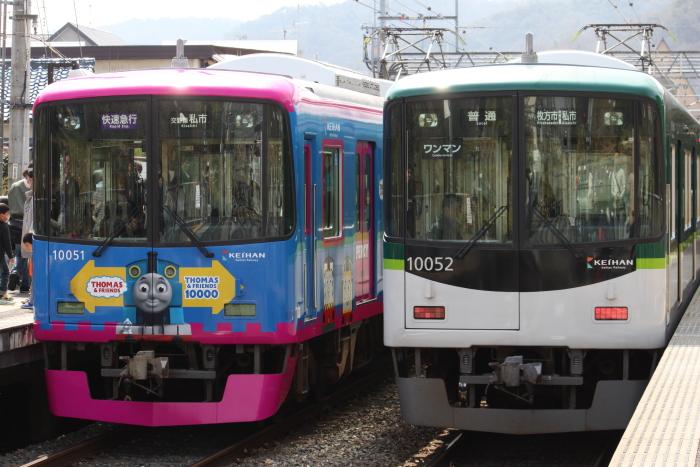 トーマス号(大阪側)と新塗装車