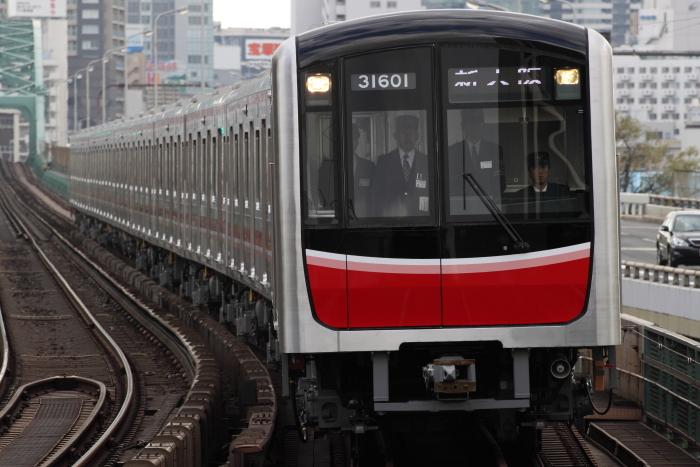 31601F新大阪行き(西中島南方)