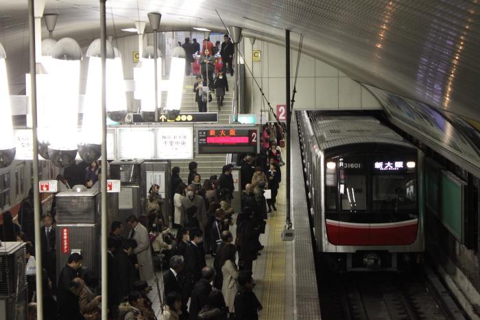 新大阪行きの31601F(淀屋橋)