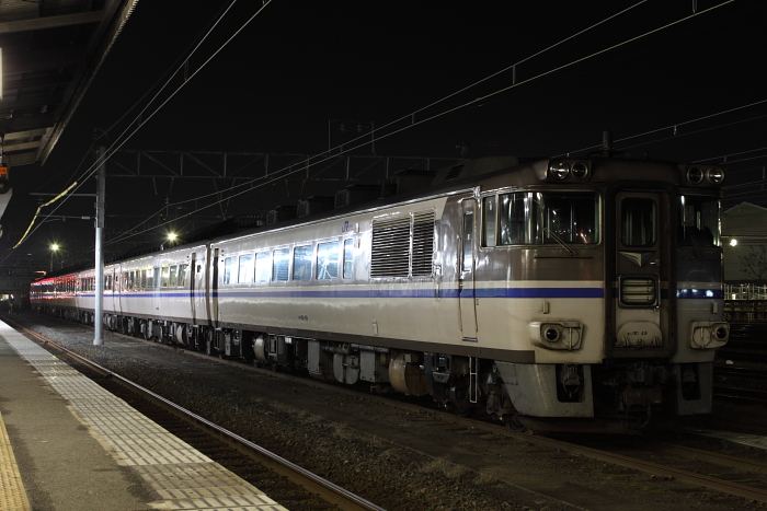 キハ181in米子(夜)