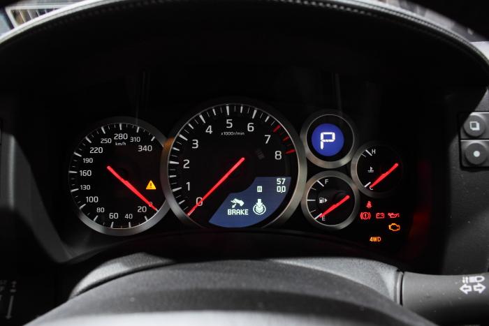 日産GT-Rのメーター